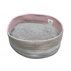 FANTAIL Bobo Pink basket for cats or small dogs. Sleeping