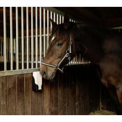 Pierre à lécher rectangulaire 20 X 10 X 5 CM .4 Pieces de 2KG Compléments alimentaires chevaux kerbl KE-324804